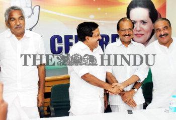 Image Id : 125828605 <span>Date : 2011-07-14 <span>Category : Politics</span>