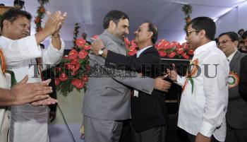 Image Id : 126011795 <span>Date : 2011-07-23 <span>Category : Politics</span>