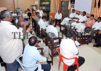 Image Id : 126496820 <span>Date : 2011-08-17 <span>Category : Politics</span>
