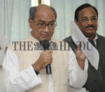 Image Id : 128197605 <span>Date : 2011-11-09 <span>Category : Politics</span>