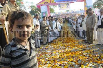Image Id : 130728557 <span>Date : 2012-02-01 <span>Category : Politics</span>