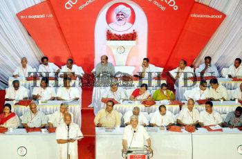 Image Id : 130862888 <span>Date : 2012-02-07 <span>Category : Politics</span>