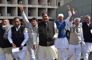 Image Id : 131532708 <span>Date : 2012-03-07 <span>Category : Politics</span>
