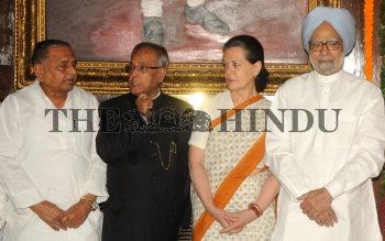 Image Id : 132987155 <span>Date : 2012-05-08 <span>Category : Politics</span>