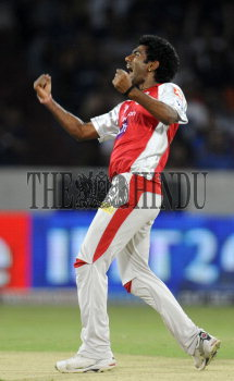 Image Id : 132991207 <span>Date : 2012-05-08 <span>Category : Sport</span>