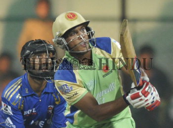 Image Id : 133132754 <span>Date : 2012-05-14 <span>Category : Sport</span>