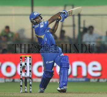 Image Id : 133133557 <span>Date : 2012-05-14 <span>Category : Sport</span>