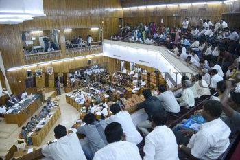 Image Id : 134339315 <span>Date : 2012-07-02 <span>Category : Politics</span>