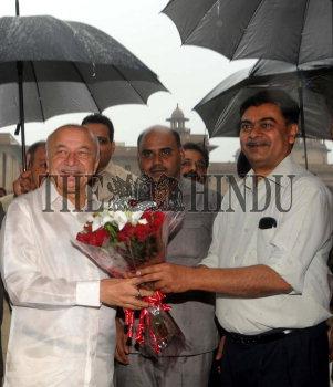 Image Id : 135064205 <span>Date : 2012-08-01 <span>Category : Politics</span>