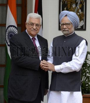 Image Id : 136067553 <span>Date : 2012-09-11 <span>Category : Politics</span>