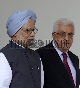 Image Id : 136068326 <span>Date : 2012-09-11 <span>Category : Politics</span>