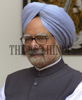 Image Id : 136068335 <span>Date : 2012-09-11 <span>Category : Politics</span>