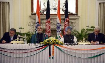 Image Id : 138054964 <span>Date : 2012-11-12 <span>Category : Politics</span>