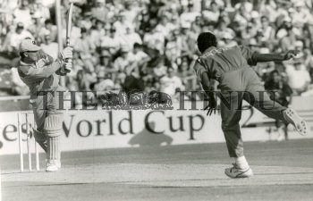 Image Id : 156563820 <span>Date : 1992-02-25 <span>Category : Sport</span>