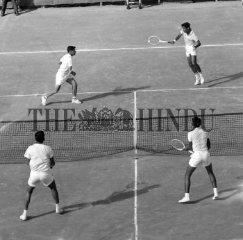 Image Id : 156617519 <span>Date : 1962-12-04 <span>Category : Sport</span>