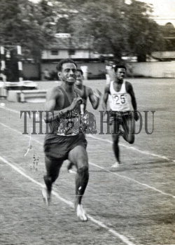 Image Id : 157173832 <span>Date : 1962-10-10 <span>Category : Sport</span>