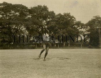 Image Id : 157322548 <span>Date : 1954-09-30 <span>Category : Sport</span>