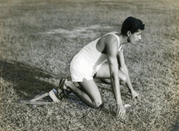 Image Id : 157504638 <span>Date : 1954-01-09 <span>Category : Sport</span>