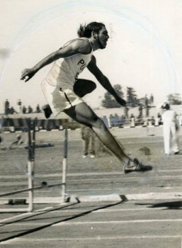 Image Id : 157533088 <span>Date : 1956-02-27 <span>Category : Sport</span>
