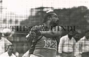 Image Id : 158179255 <span>Date : 1989-09-03 <span>Category : Sport</span>