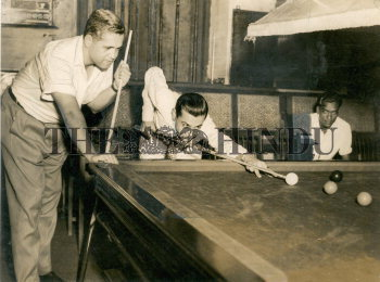 Image Id : 159142665 <span>Date : 1956-03-22 <span>Category : Sport</span>