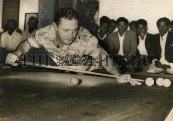 Image Id : 159199053 <span>Date : 1955-11-13 <span>Category : Sport</span>