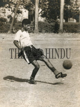 Image Id : 161094119 <span>Date : 1954-05-25 <span>Category : Sport</span>