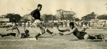 Image Id : 161607298 <span>Date : 1964-04-04 <span>Category : Sport</span>