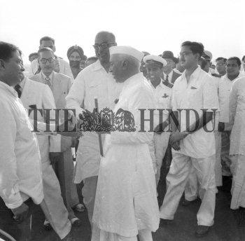 Image Id : 162978868 <span>Date : 1954-10-16 <span>Category : Politics</span>