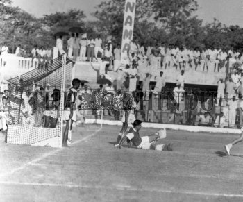 Image Id : 163072847 <span>Date : 1963-03-11 <span>Category : Sport</span>