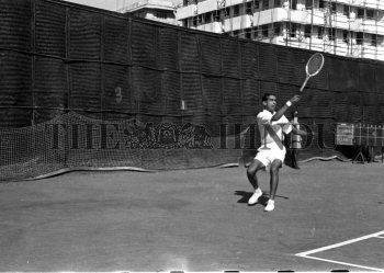 Image Id : 163849811 <span>Date : 1952-03-01 <span>Category : Sport</span>