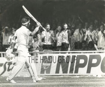Image Id : 2634944085 <span>Date : 1986-09-22 <span>Category : Sport</span>