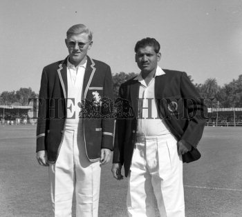 Image Id : 165490015 <span>Date : 1961-11-27 <span>Category : Sport</span>