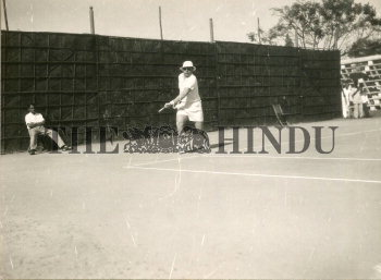 Image Id : 165586573 <span>Date : 1957-02-08 <span>Category : Sport</span>