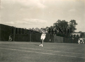 Image Id : 165655071 <span>Date : 1950-12-31 <span>Category : Sport</span>