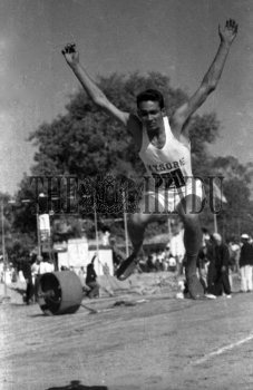Image Id : 165711643 <span>Date : 1962-02-10 <span>Category : Sport</span>