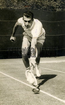 Image Id : 165930064 <span>Date : 1963-02-08 <span>Category : Sport</span>
