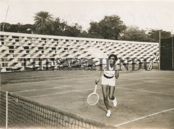 Image Id : 165930566 <span>Date : 1953-01-10 <span>Category : Sport</span>