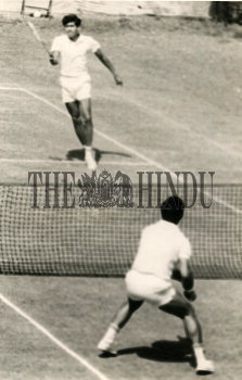 Image Id : 166050931 <span>Date : 1970-03-30 <span>Category : Sport</span>
