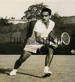 Image Id : 166080400 <span>Date : 1959-05-16 <span>Category : Sport</span>