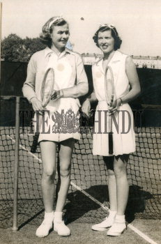 Image Id : 166081220 <span>Date : 1951-01-13 <span>Category : Sport</span>