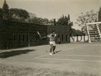 Image Id : 166135504 <span>Date : 1957-02-28 <span>Category : Sport</span>