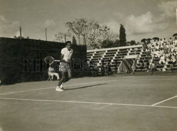 Image Id : 166135505 <span>Date : 1957-03-01 <span>Category : Sport</span>