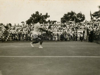 Image Id : 166135513 <span>Date : 1957-03-01 <span>Category : Sport</span>