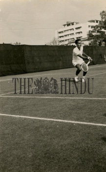 Image Id : 166135516 <span>Date : 1957-03-01 <span>Category : Sport</span>