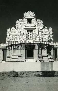 Image Id : 189516756 <span>Date : 1976-12-31 <span>Category : Religion and Belief</span>