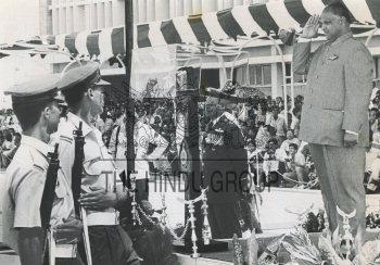 Image Id : 198550293 <span>Date : 1992-06-13 <span>Category : Politics</span>