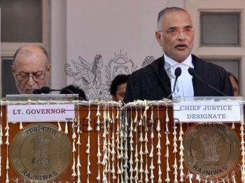New Delhi, 07/06/2019  Delhi Lt Governor Anil Baijal administering